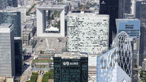 À la Défense, restructurer les tours plutôt que les démolir - © Cro&Co
