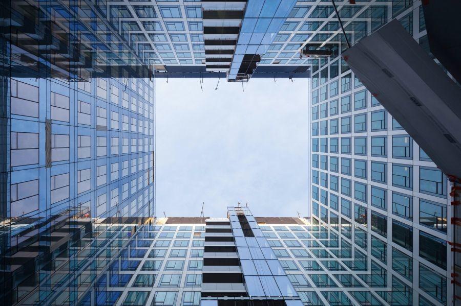 Prendre de la hauteur avec l'exposition Sens Dessus Dessous - © Cro&Co